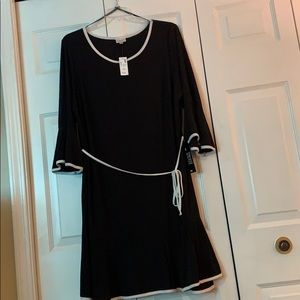 AVENUE LITTLE BLACK DRESS
